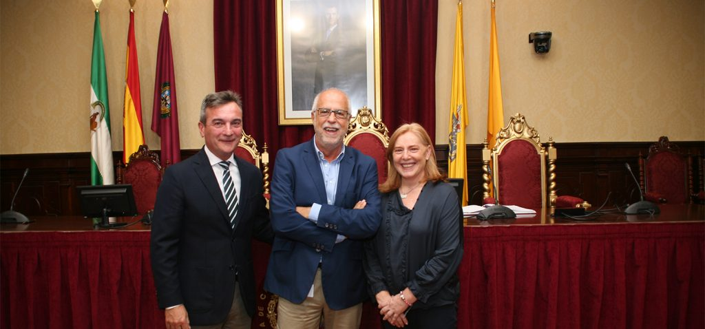 El Doctor Juan Antonio Micó toma posesión como nuevo vicerrector de Investigación de la Universidad de Cádiz