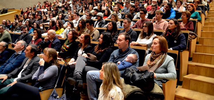 Noticia Más de 250 personas participan en la Jornada de Neurocientíficas celebrada en San Fernando